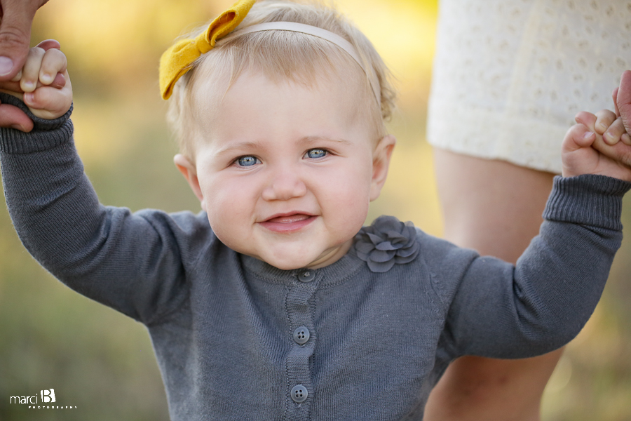Corvallis, Oregon Family Photography - Bald Hill - Baby pictures - summer - OR