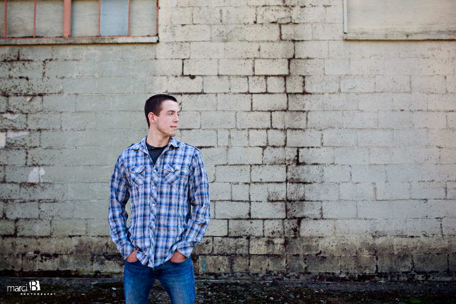 Albany, Oregon Senior Portrait Photography - Downtown