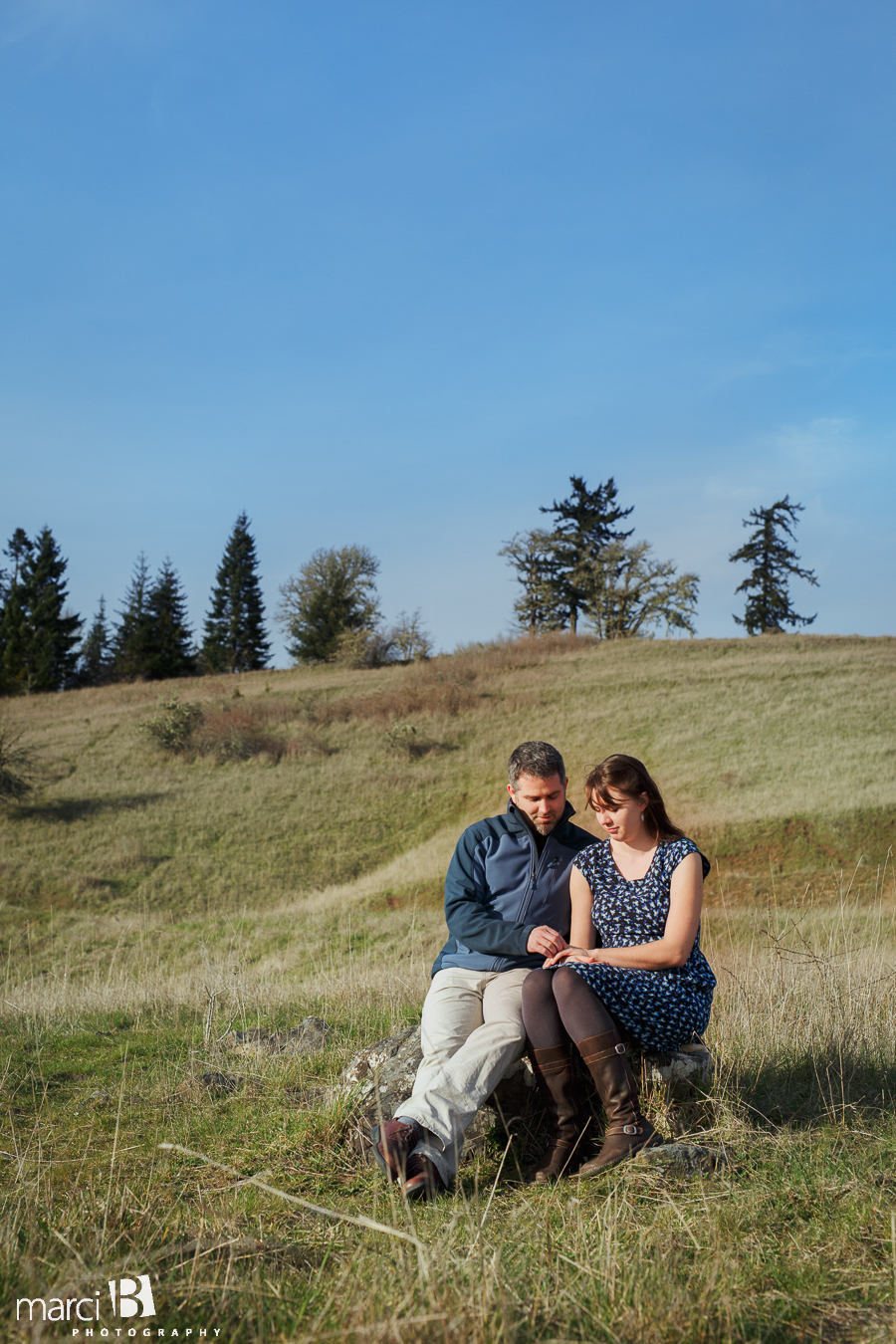 Corvallis engagement photographer