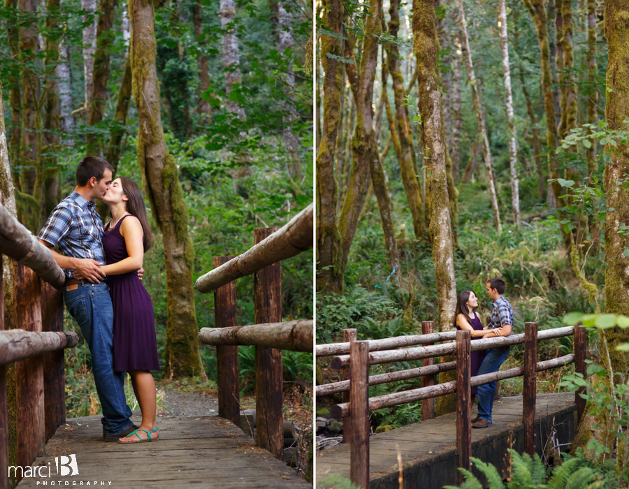 Engagement in the woods - photography