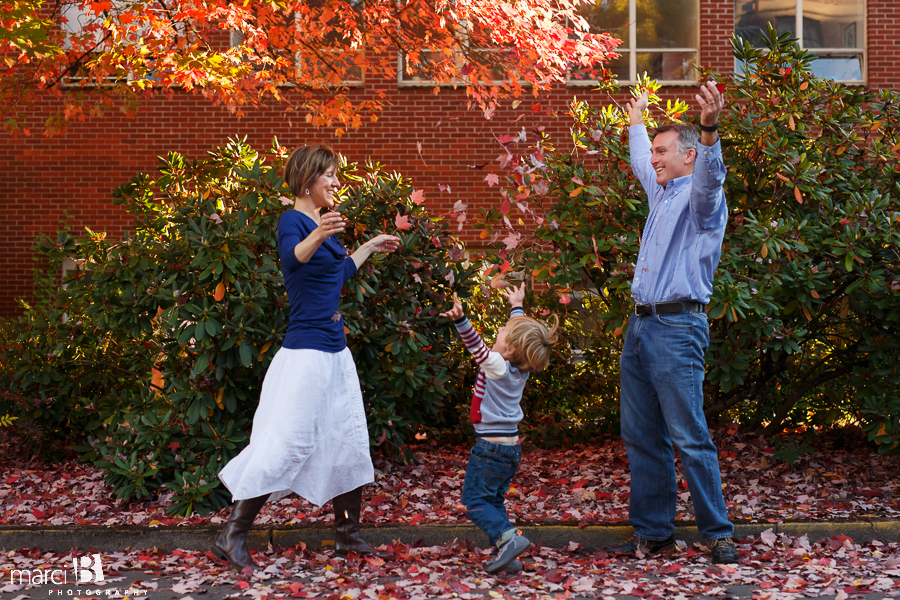OSU photographer - Oregon State University campus - fall colors - throwing leaves